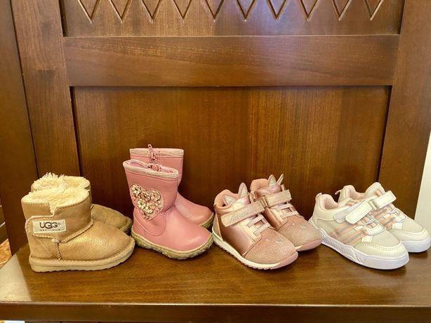Кроссовки 22, 14,5 см. ботинки «Сказка» 22 ,14 см, Угги UGG 21, 12 см.