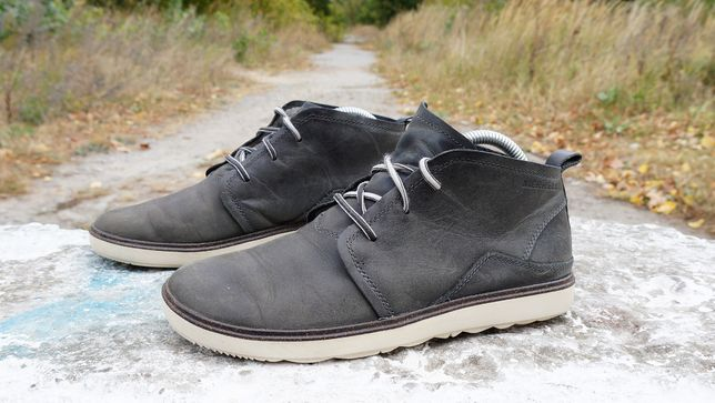 Ботильйони Merrell Around Town Chukka