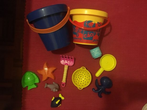 Conjunto de 11 Brinquedos de Praia