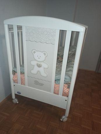 Drewniane łóżeczko Pali  Loving Bear białe włoskie PINIO