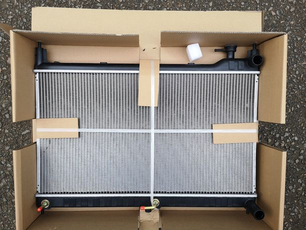 Радиатор Nissan Murano Z52 новый USA 214605AA0A