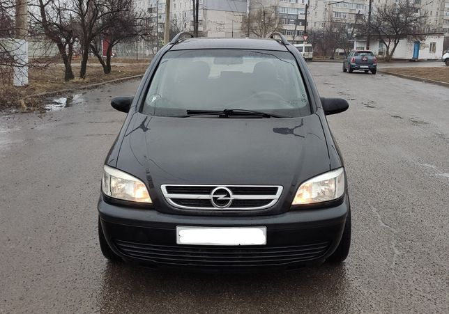 Opel Zafira - Comfort 2003г 1.8 бенз 7 мест Расторможена