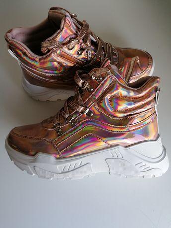Buty sneakersy, świecące, odblaski, champagne 38