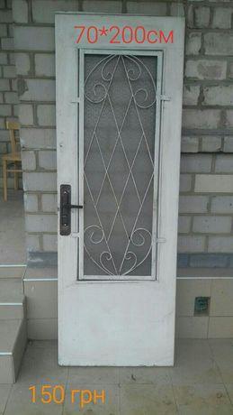 Продам двери,окна бу в хорошем рабочем состоянии.
