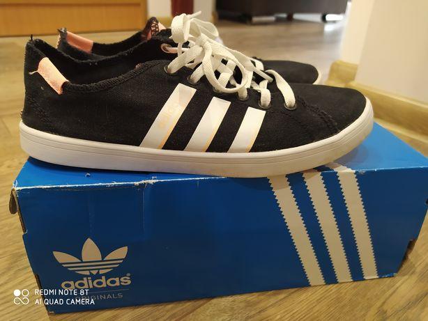 Adidas 23,5 cm 37