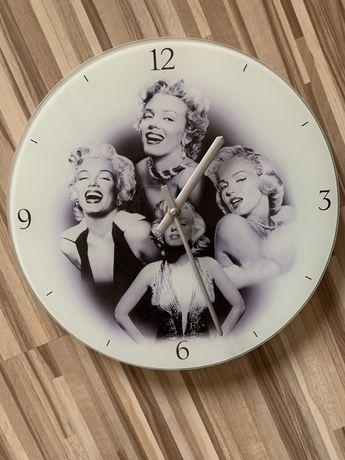 Zegar Marylin Monroe szklany