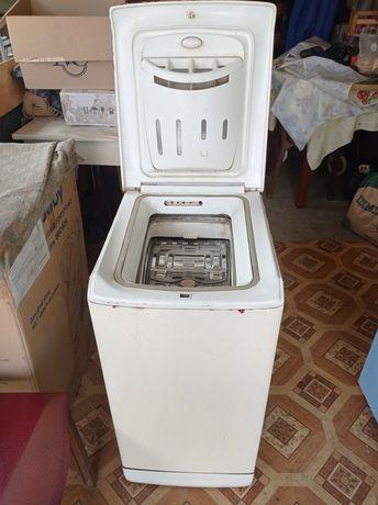 Продам пральну машину Ariston