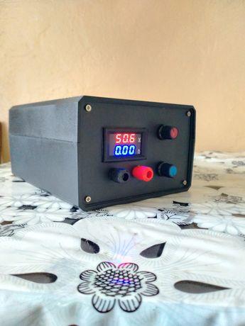 Лабораторный блок питания Регулируемый от12v-55v и от 1-10а Зарядное