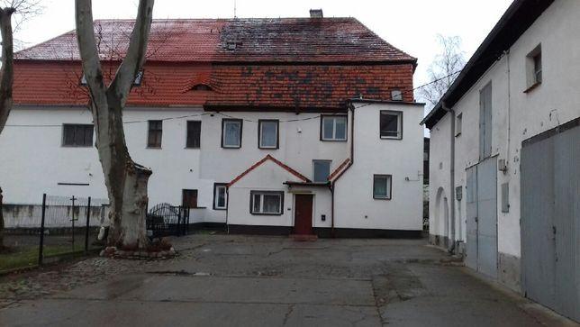 Dom 300mkw garaże 600mkw ziemia 2,6ha Legnica