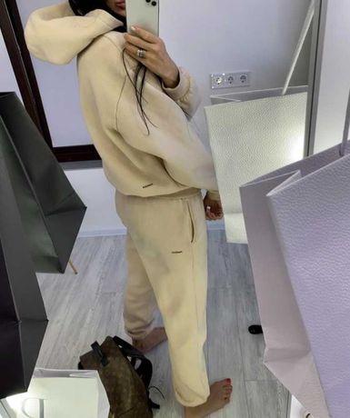 Бежевый крутой плотный брендовый костюм pangaia