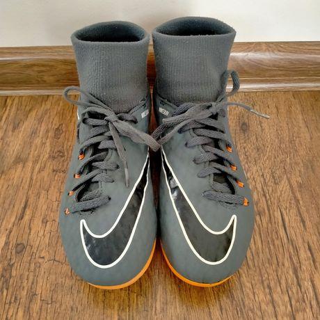 Buty sportowe, korki Nike Hypervenom ze skarpetą rozm. 34