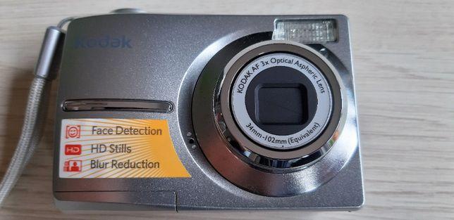 Aparat fotograficzny Kodak EasyShare C1013 + bonusy.