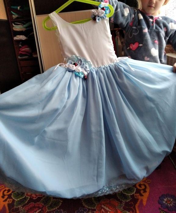 Платье на девочку 6-8лет, Вольногорск - изображение 1