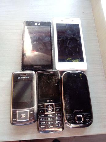 Zestaw telefonów