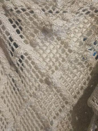 Вязаная шаль