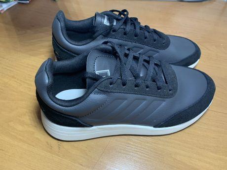 Кросовки adidas, оригинал, новые