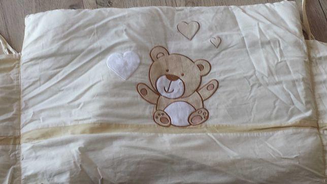 Pościel dziecięca 120 cm z ochraniaczem do łóżeczka.