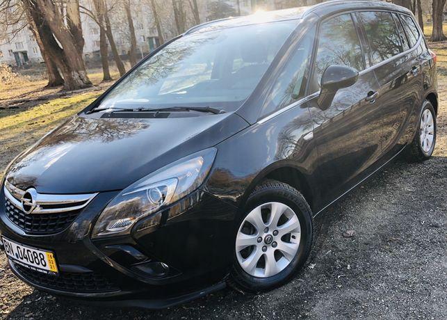 Opel Zafira C 7-місна