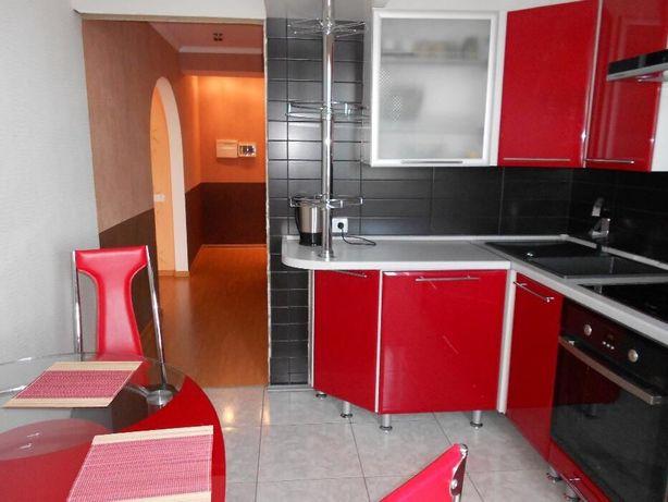 Квартира посуточно однокомнатная с евроремонтом в центре города