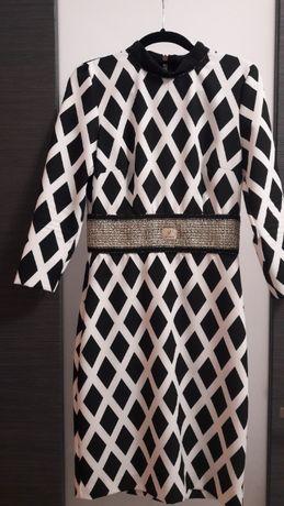 Sukienka W Les Femes włoska 40 / 42 luksusowa święta j.Balmain
