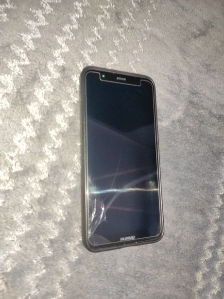 Huawei p Smart uszkodzony