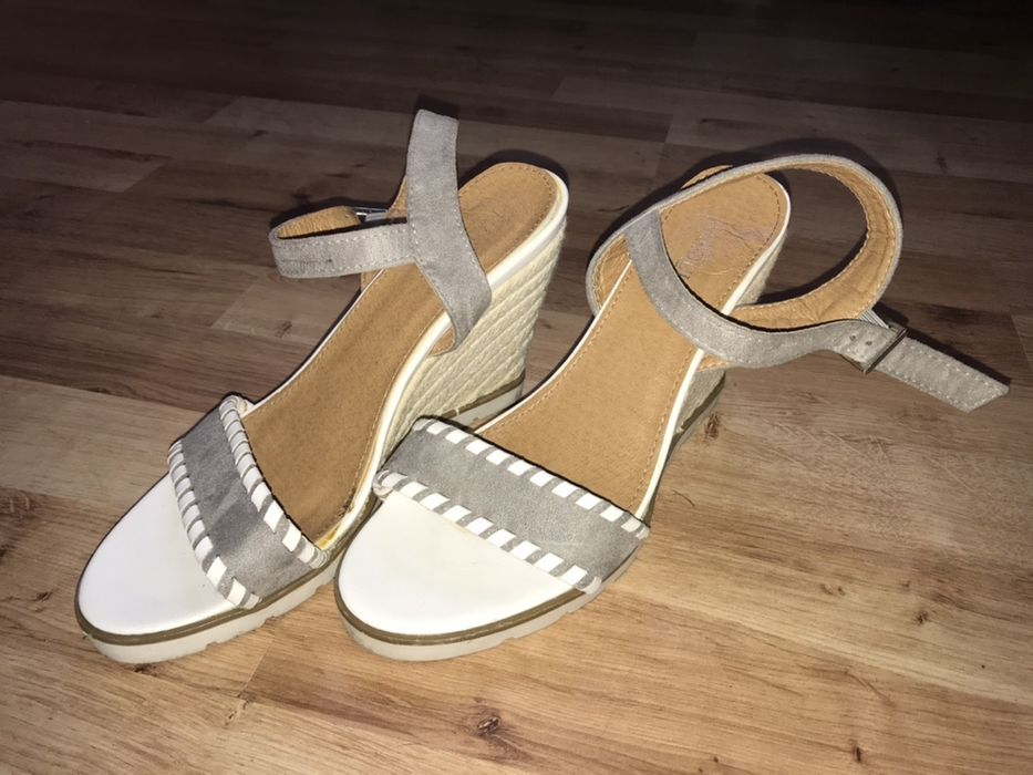 Sandalki na korurnie 38 Zgierz - image 1
