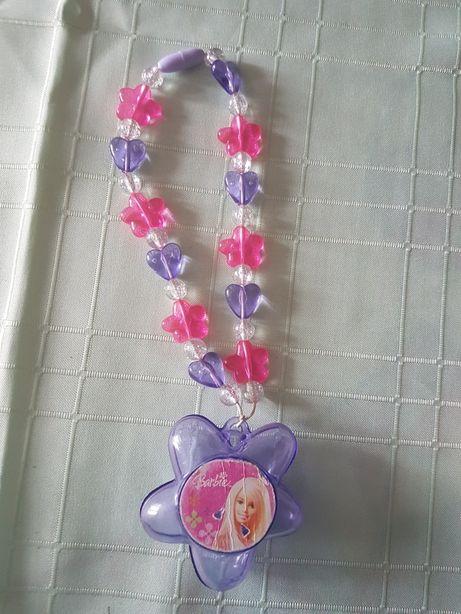 Naszyjnik koraliki Barbie pudełeczko