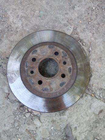 Тормоной диск ВАЗ 2112, R14