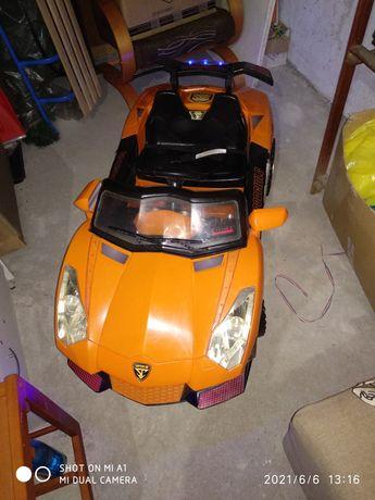 Samochód na akumulator lamborgini