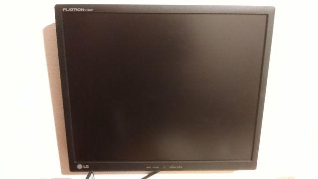 Монитор LG Flatron L1942P