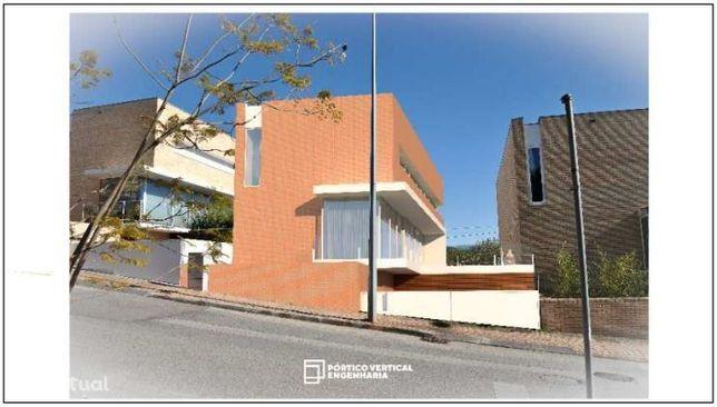 Moradia Isolada, 5 quartos, Coimbra, Vale das Flor