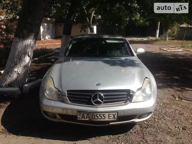 Mercedes-Benz CLS 500 2004