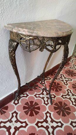 Conjunto de mesa meia lua, espelhos e bengaleiros