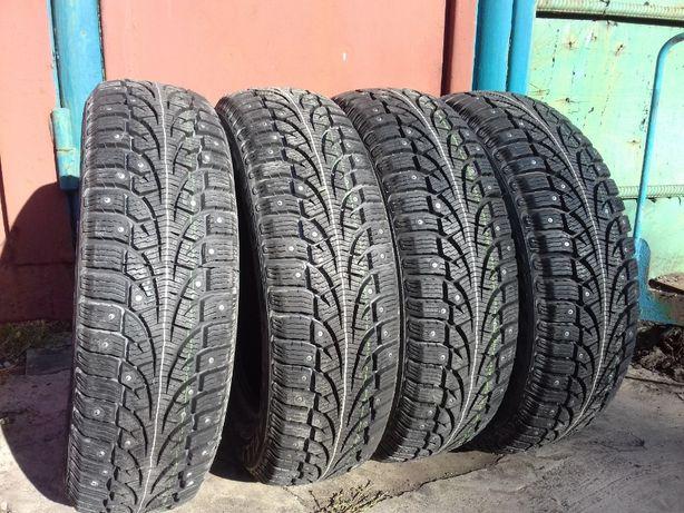 Резина Pirelli Р 15