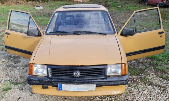 Opel Corsa A - Clássico