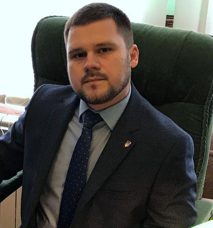 Опытный адвокат по уголовным, гражданским и административным делам