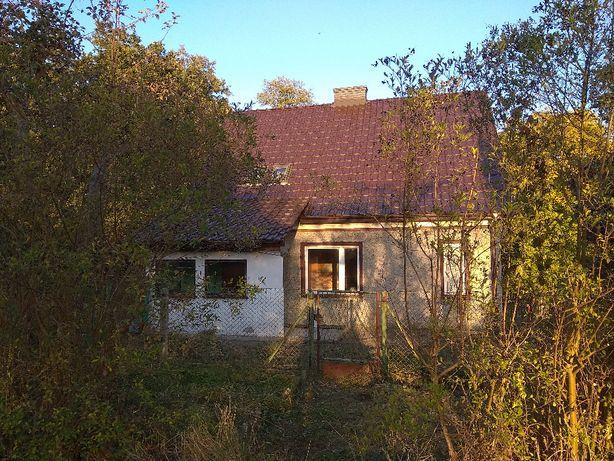Dom w bardzo cichej i atrakcyjnej lokalizacji z bardzo dużą działką