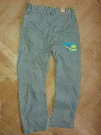 Nowe spodnie chłopięce NEXT  rozmiar 146 11 lat