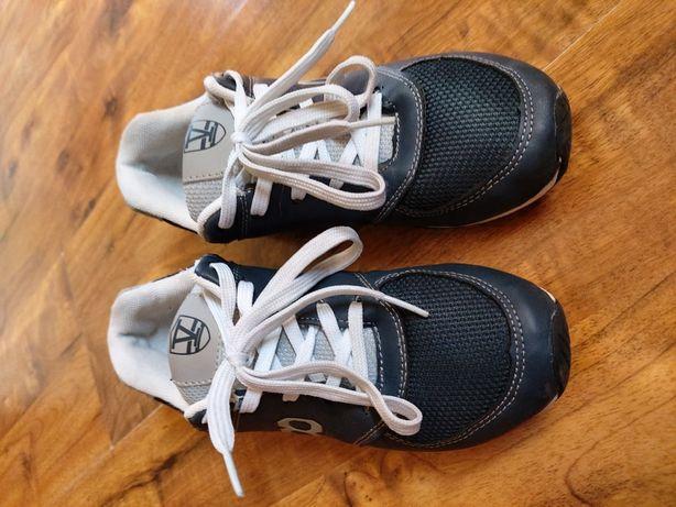 Buty sportowe r.34 wkł. 22cm