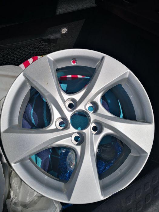 Jantes 17 Toyota originais (0 km, nunca usadas) Albufeira E Olhos De Água - imagem 1
