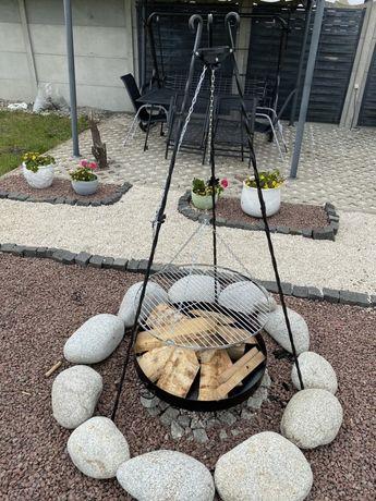 Grill trój nóg kuty pożądnie zrobiony 70cm