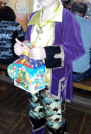 Продам новогодний костюм пирата