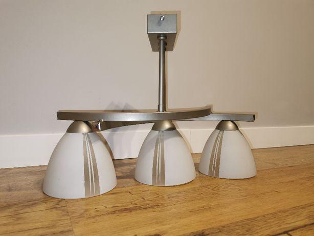 Lampa sufitowa trzy kloszowa