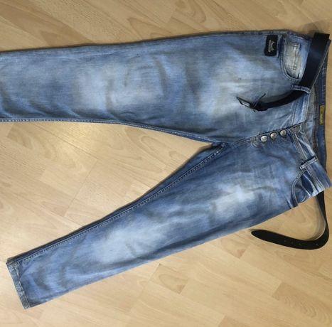 Женские джинсы 52-54