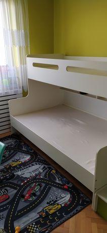 Łóżko piętrowe dla dzieci i młodzieży.
