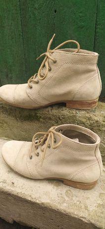 Ботинки бежевые замшевые, 37 р. Б/у