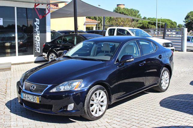 Lexus IS 220 d Luxury 2D