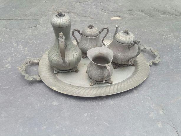 Serviço de chá antigo