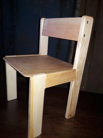 Стульчик детский деревянный