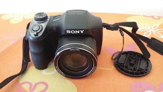 máquina fotográfica sony DSC - H300